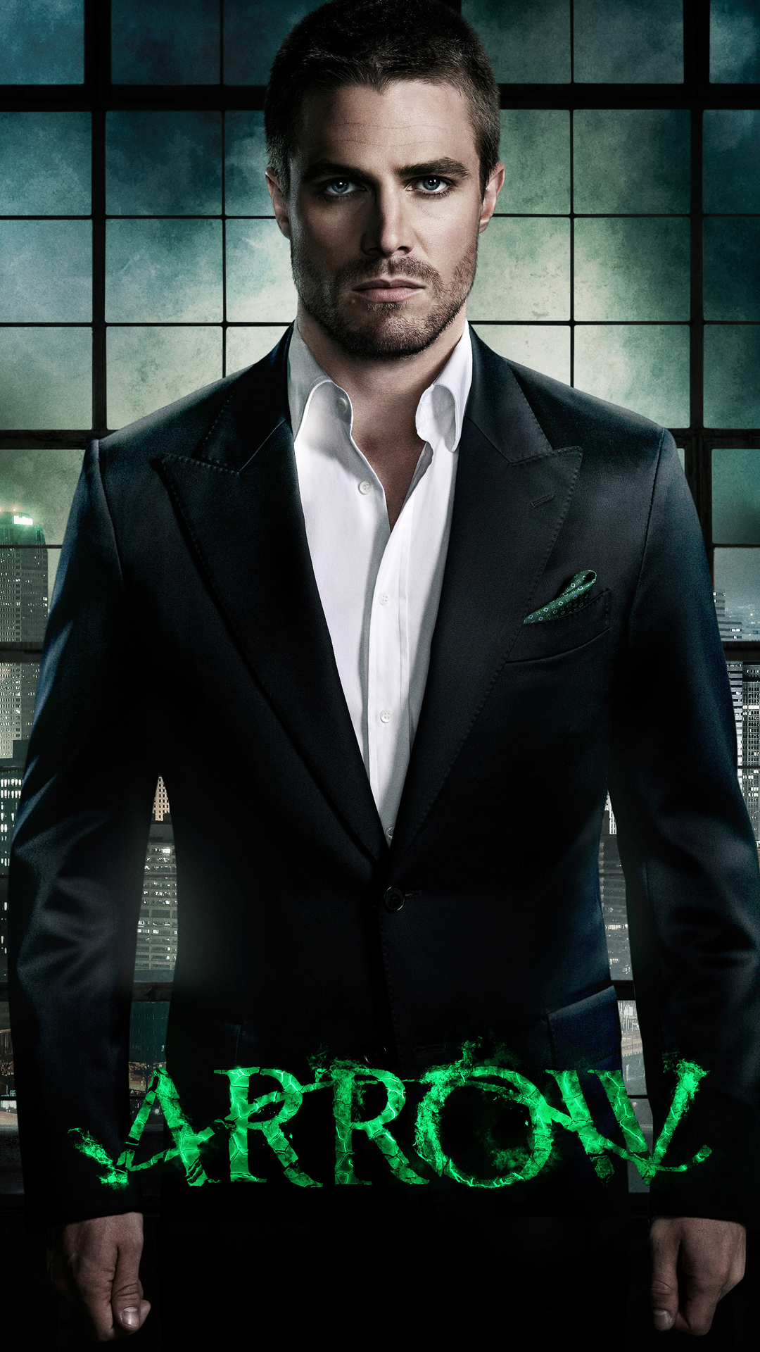 Arrow Oliver in a suit