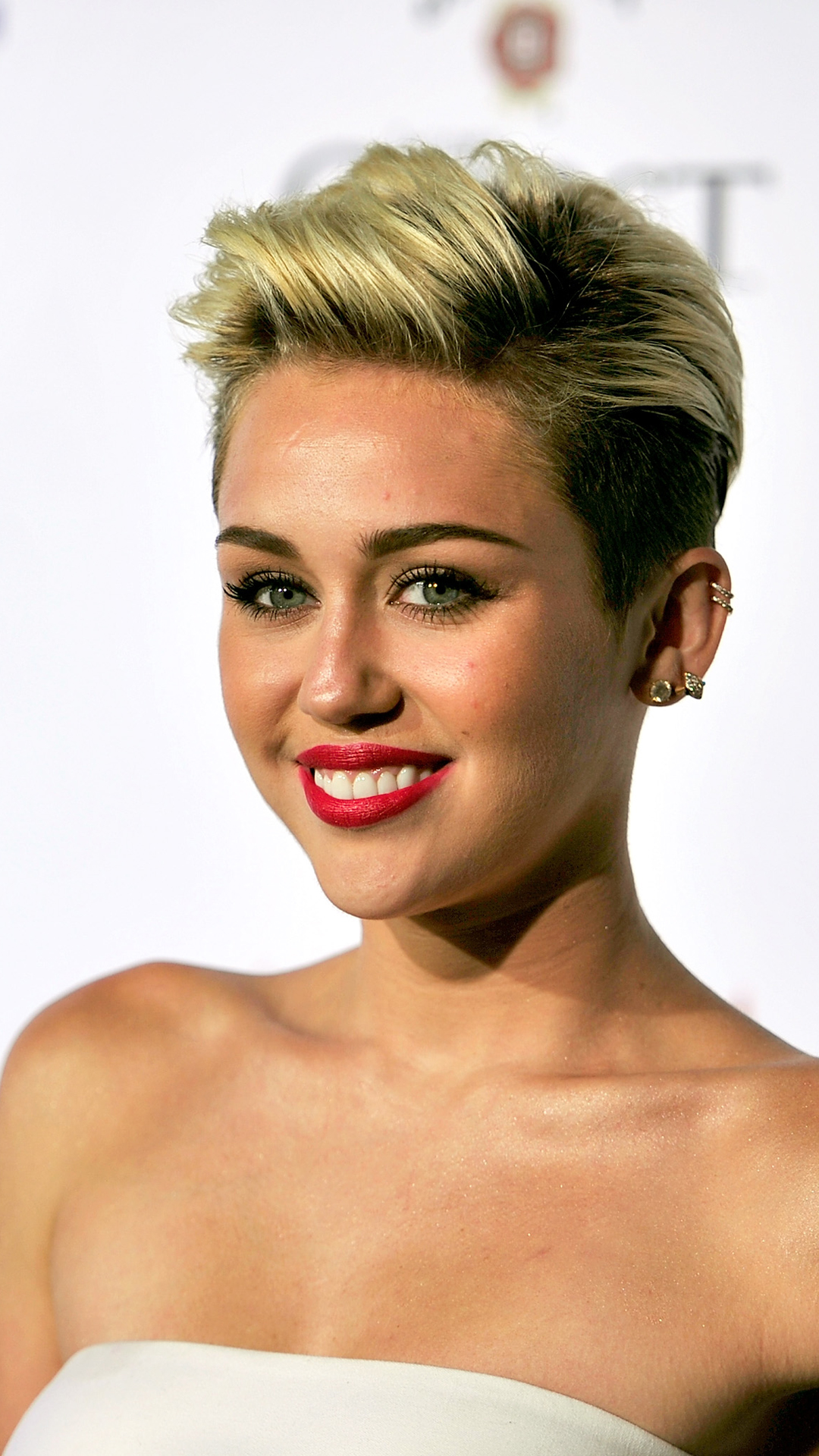 Miley Cyrus HTC one wallpaper