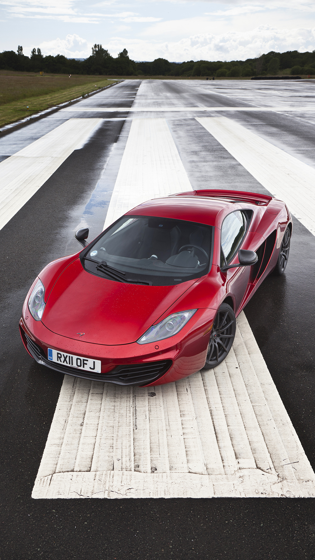 Red McLaren MP4-12C htc one wallpaper