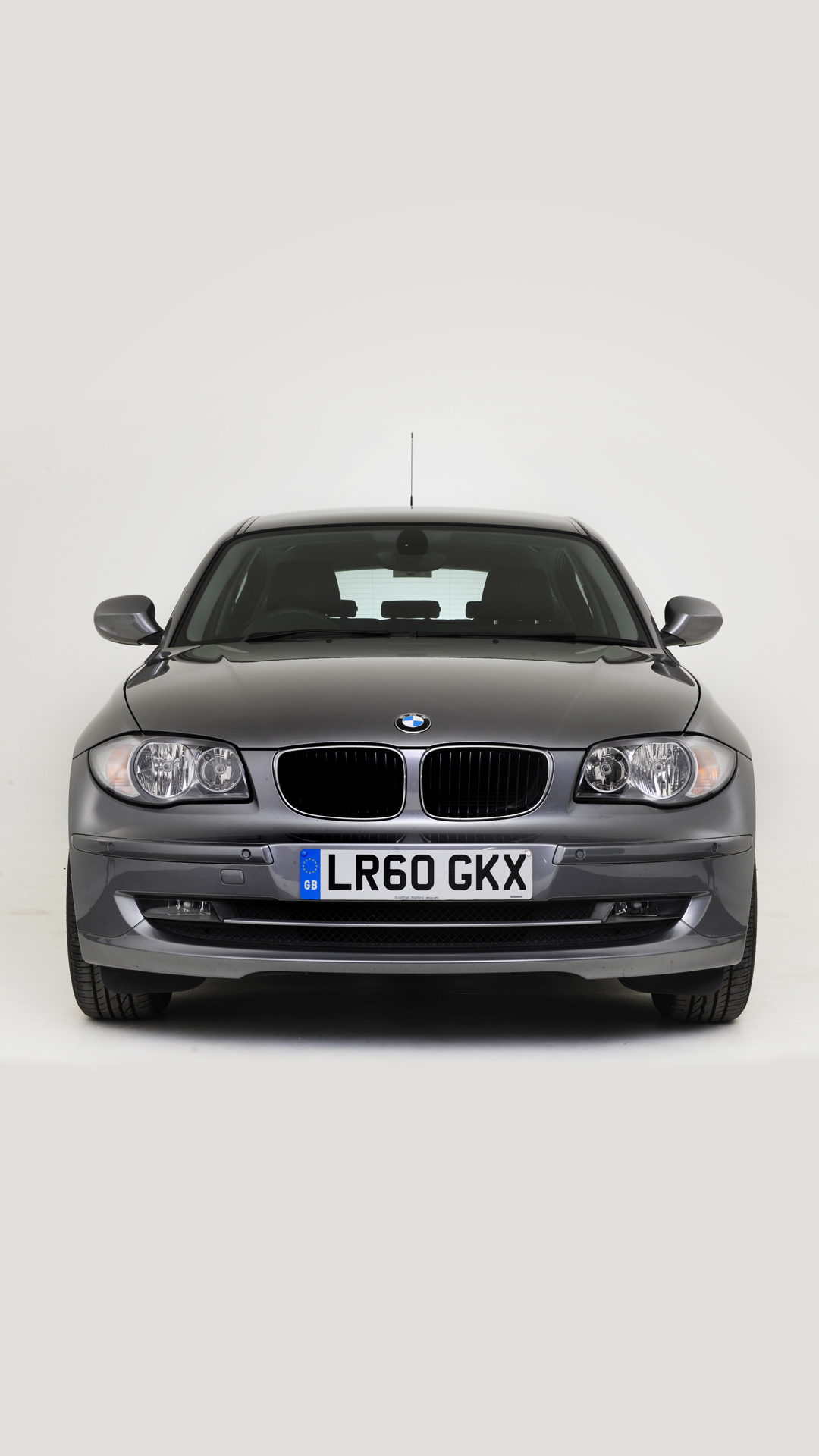BMW 118d 2011 htc one wallpaper