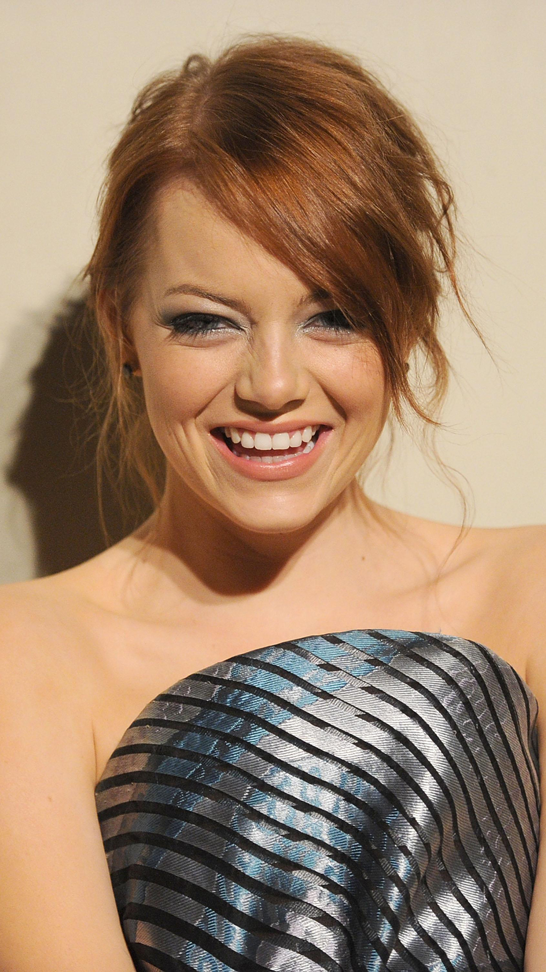 Emma Stone htc one wallpaper