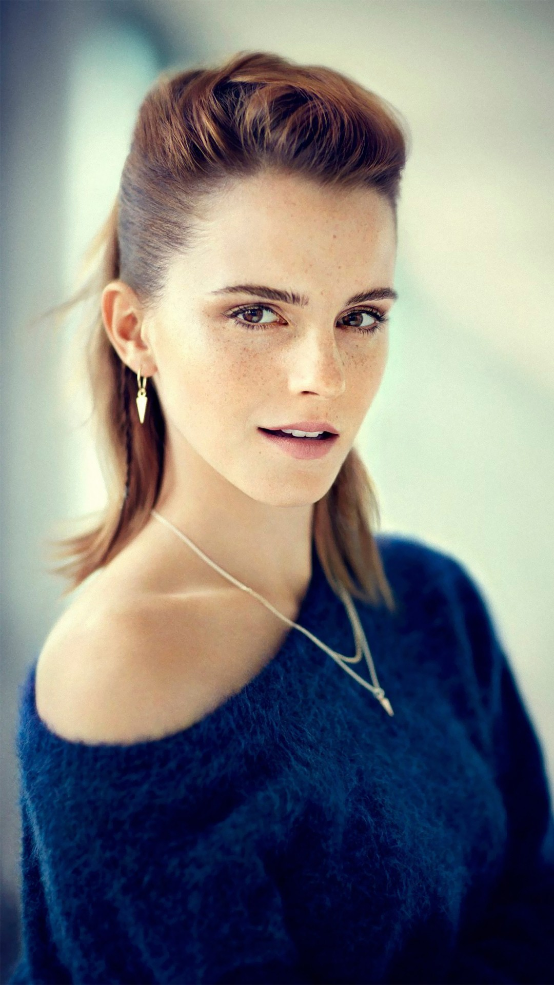 Emma Watson beauty 1080x1920 wallpaper