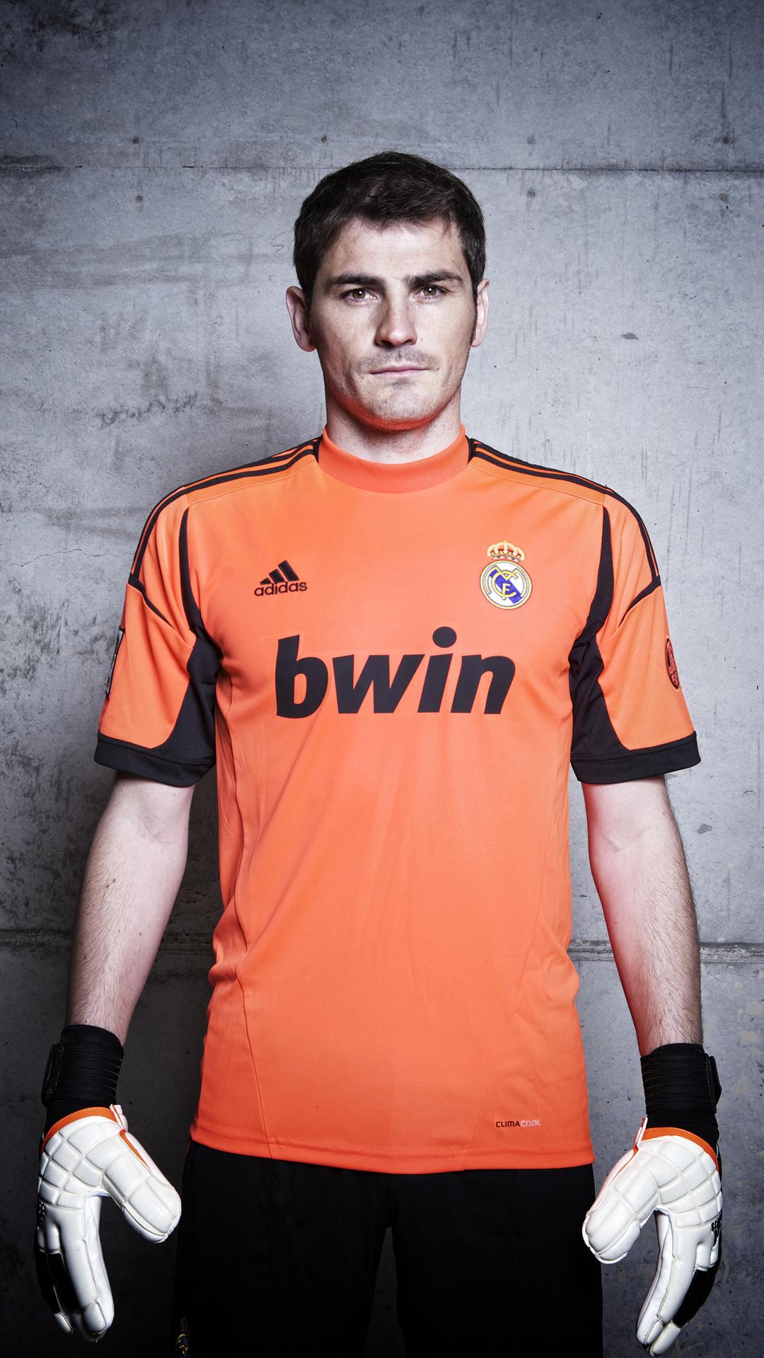 Iker Casillas htc one wallpaper