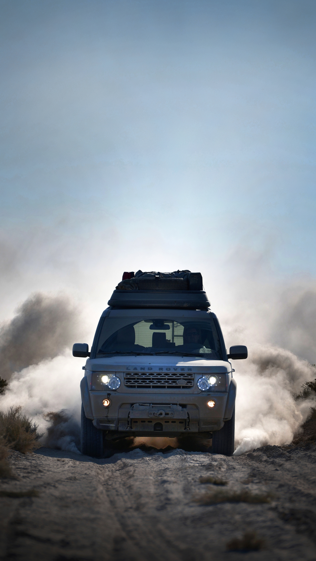 Land Rover htc one wallpaper