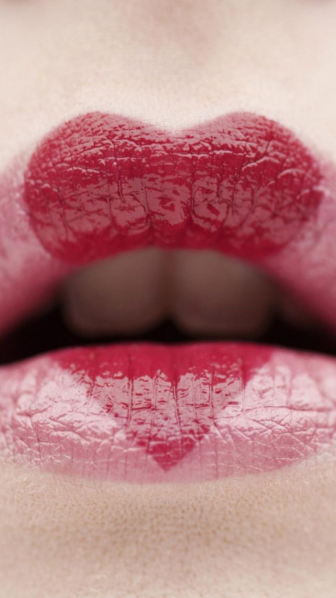 Love Heart Lips htc one wallpaper