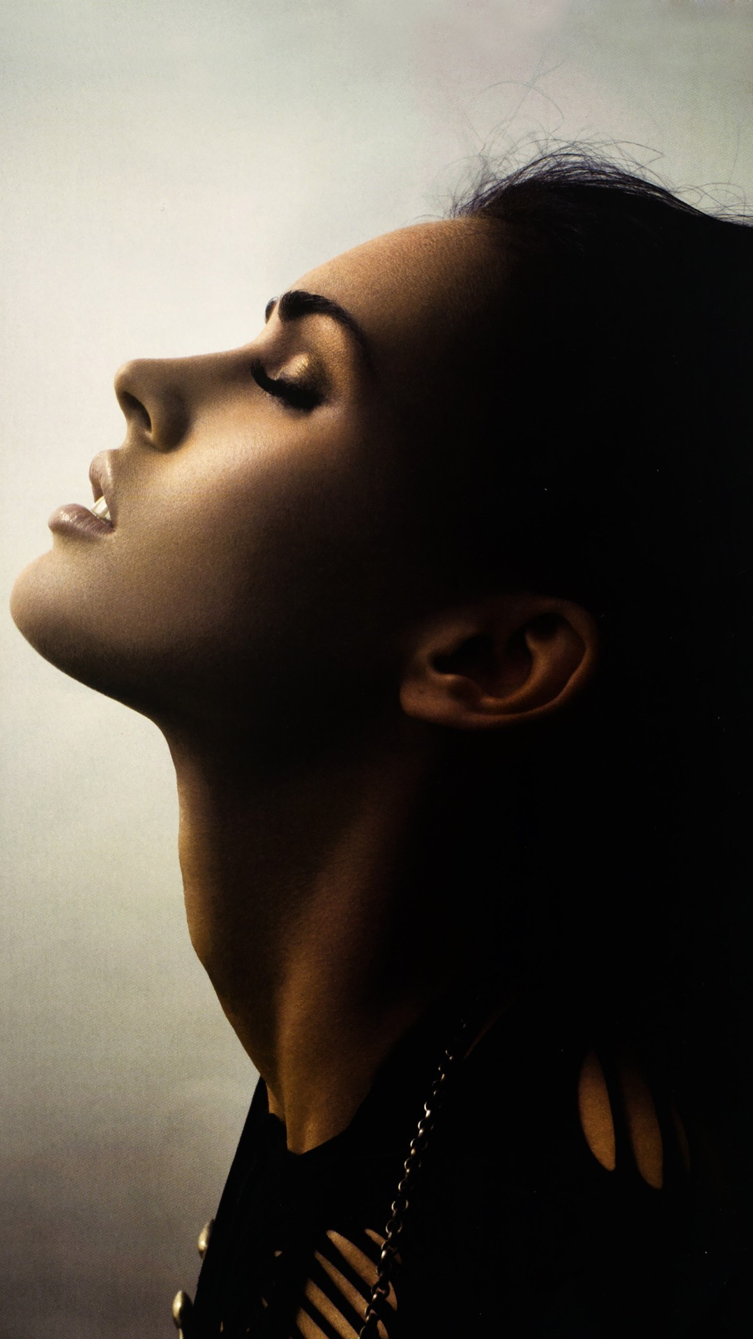 Megan Fox htc one wallpaper
