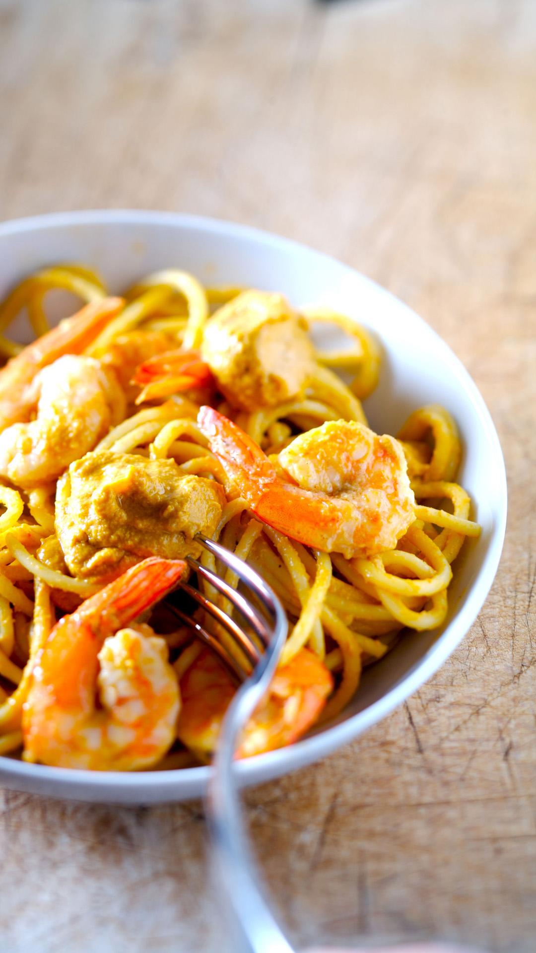 Seafood spaghetti htc one wallpaper