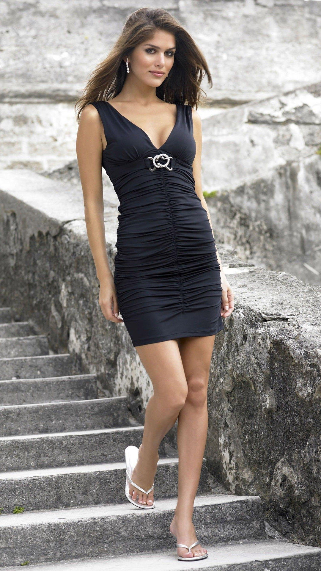 Anahi Gonzales htc one wallpaper