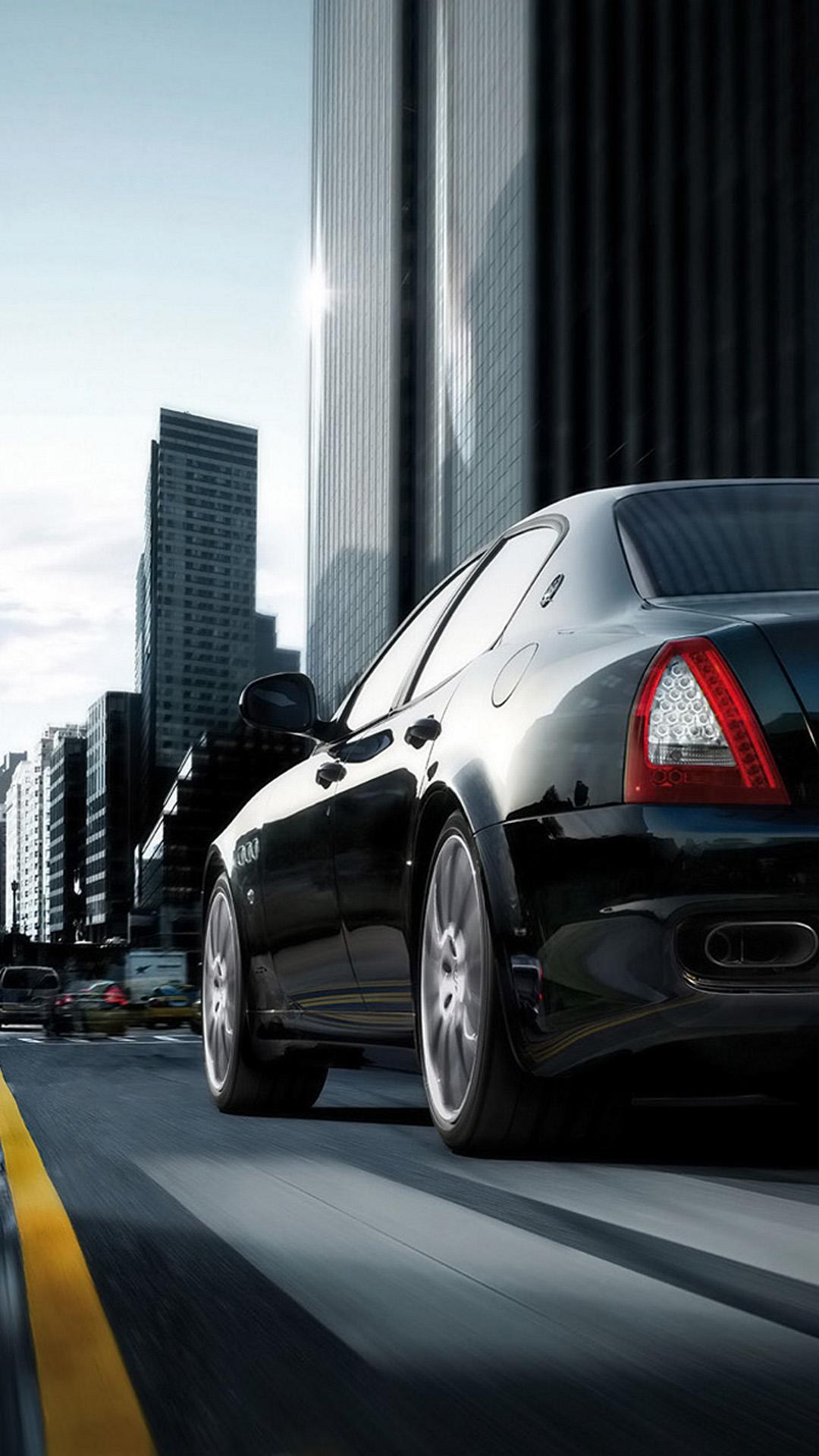 Maserati Quattroporte Black