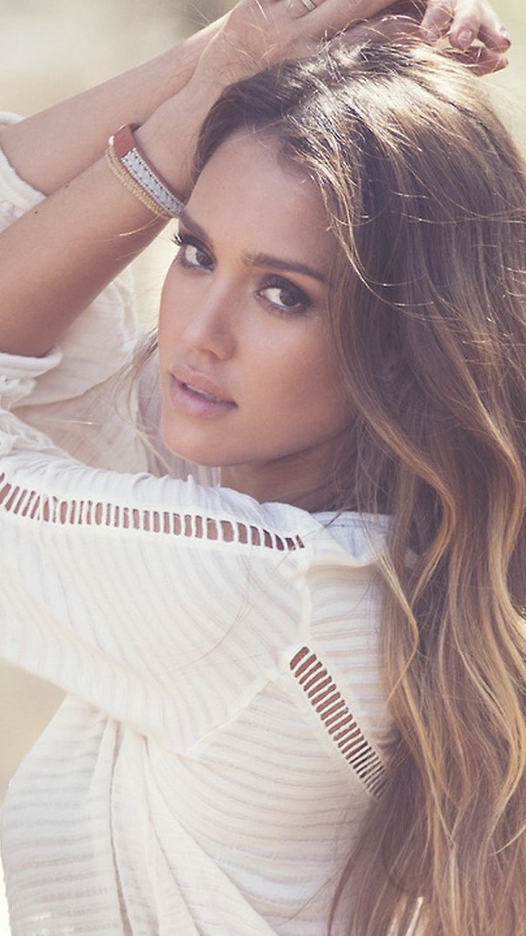 Jessica Alba brunette