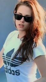 Kristen Stewart adidas t-shirt