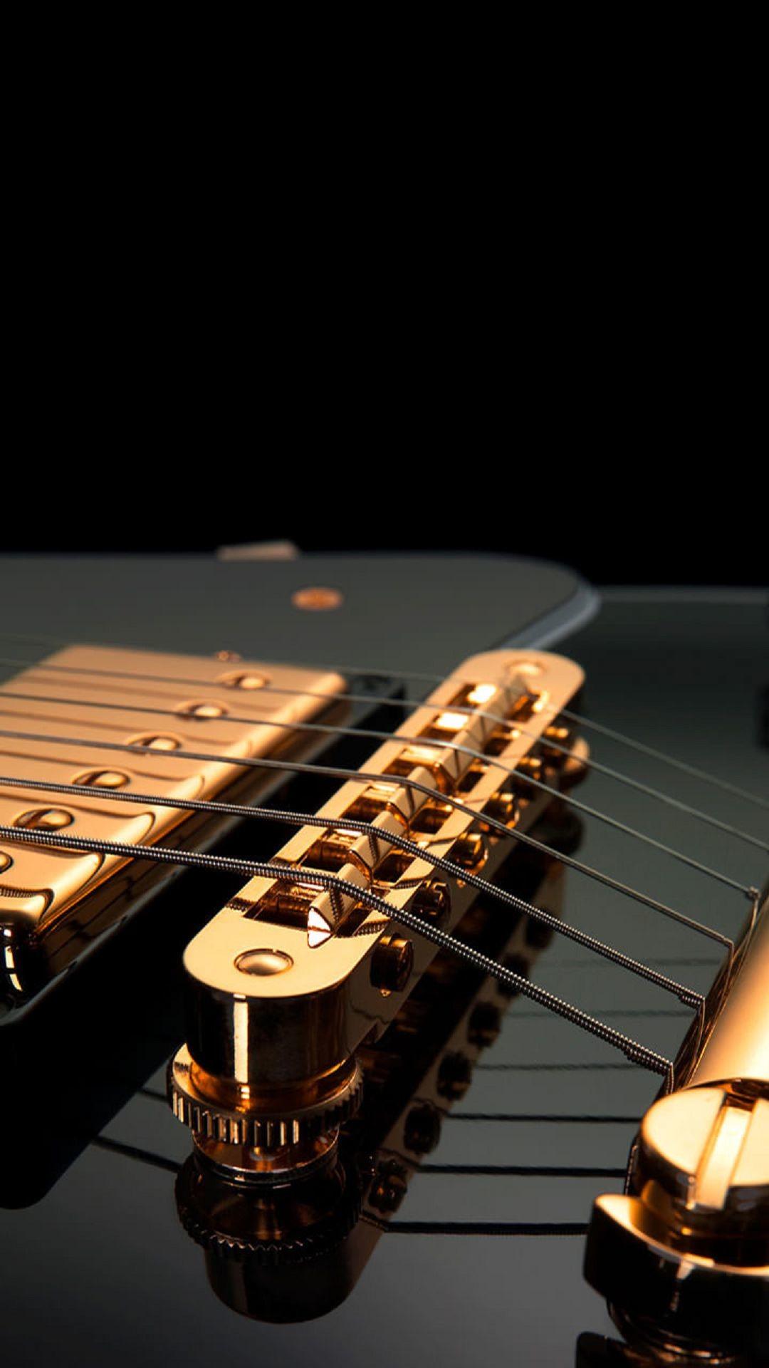 Guitar Strings Black Gold